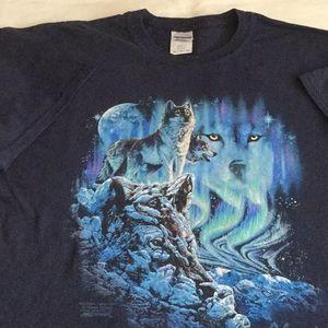 Gildan Graphic tee shirt